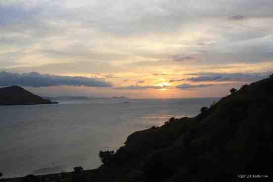 Indonesia-Kanawa Island_sunset